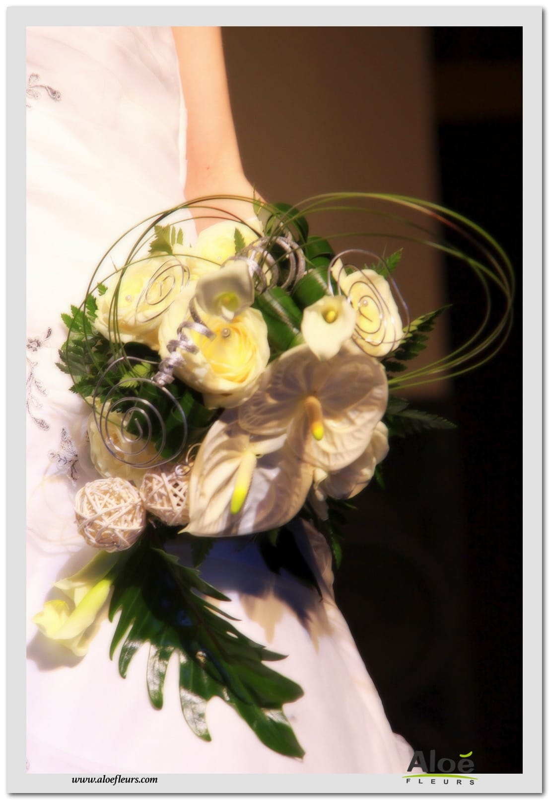 bouquets de mari e accueil aloe fleurs. Black Bedroom Furniture Sets. Home Design Ideas