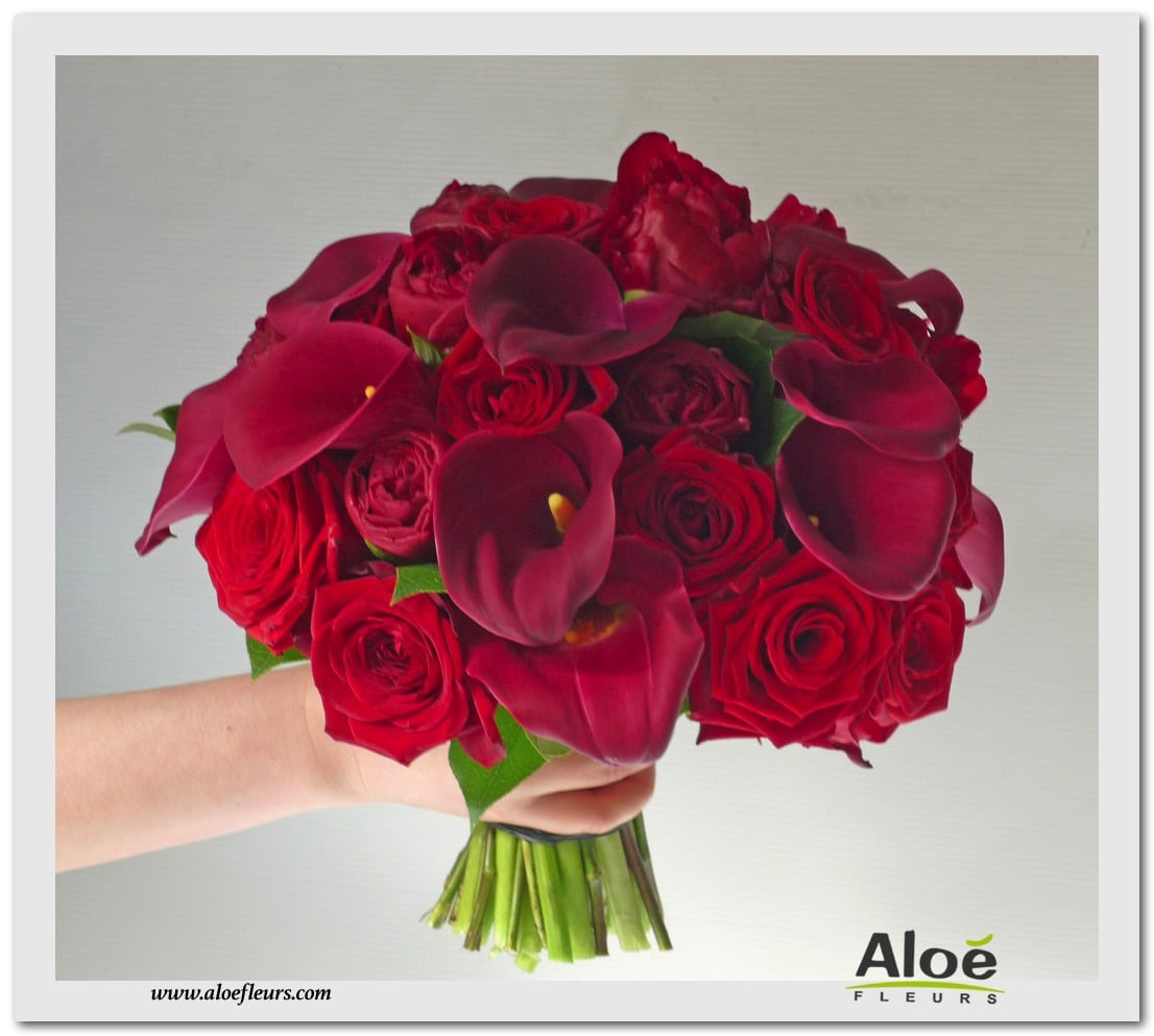 BOUQUET ROND CALLA ROUGE