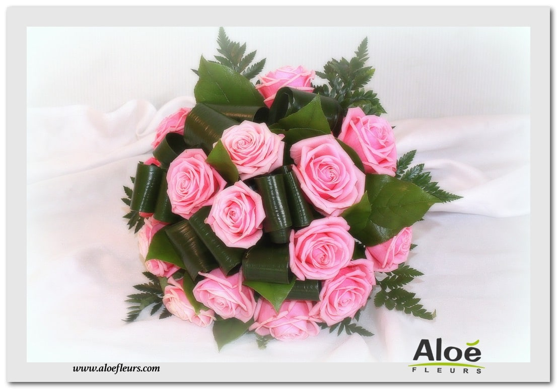 BOUQUET ROND ROSES ROSE