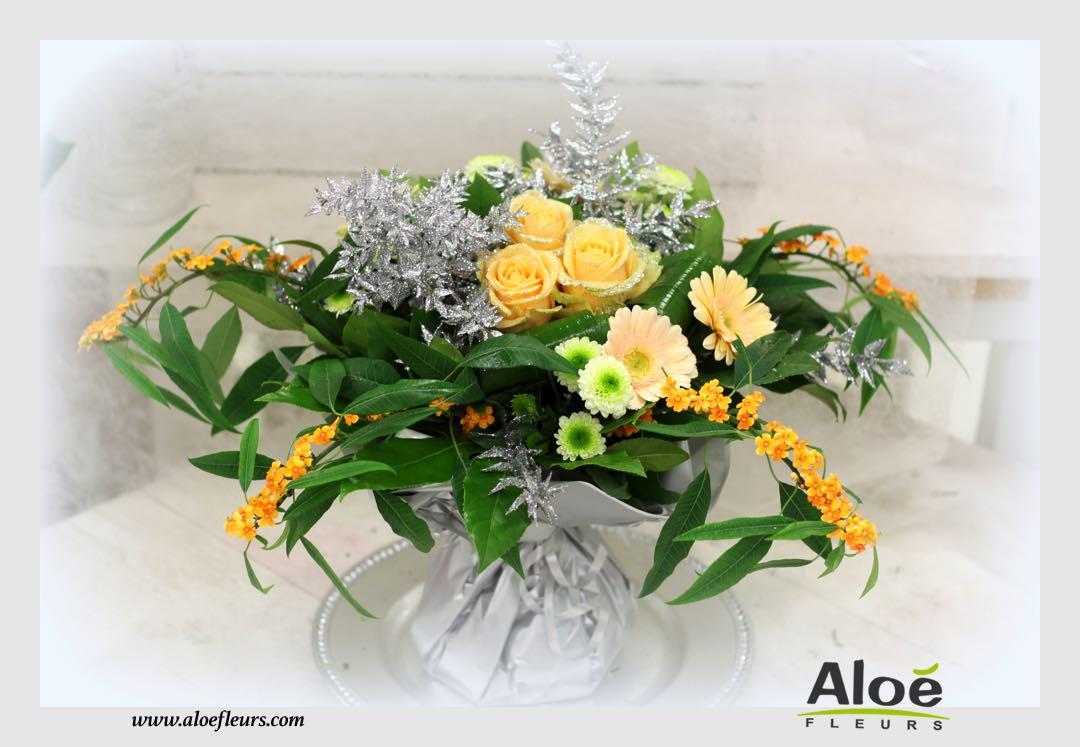 bouquet bulle d 39 eau d coration florale de noel alo fleurs16 aloe fleurs. Black Bedroom Furniture Sets. Home Design Ideas