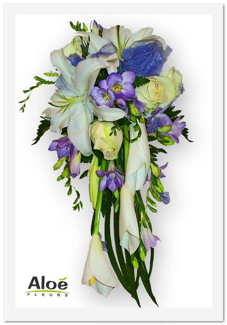 bouquet mari e cascade lys roses et arum blanc fresia bleu aloe fleurs. Black Bedroom Furniture Sets. Home Design Ideas