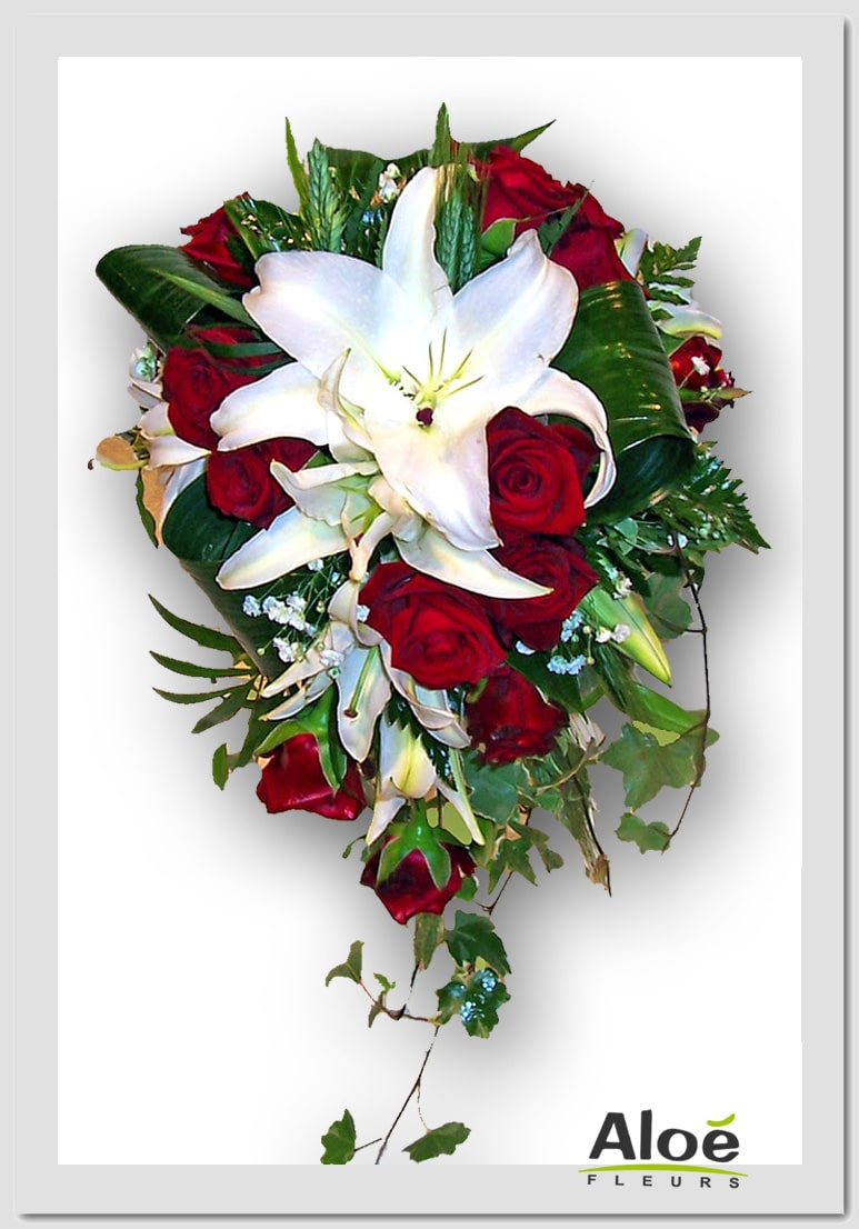Bouquet mari e cascade roses rouge lys blanc aloe fleurs for Bouquet de fleurs rose rouge