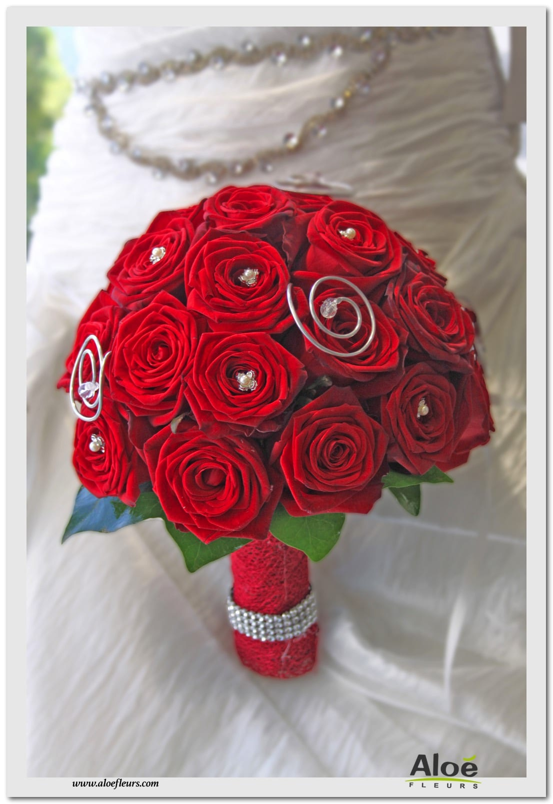 BOUQUET ROND ROSES ROUGES