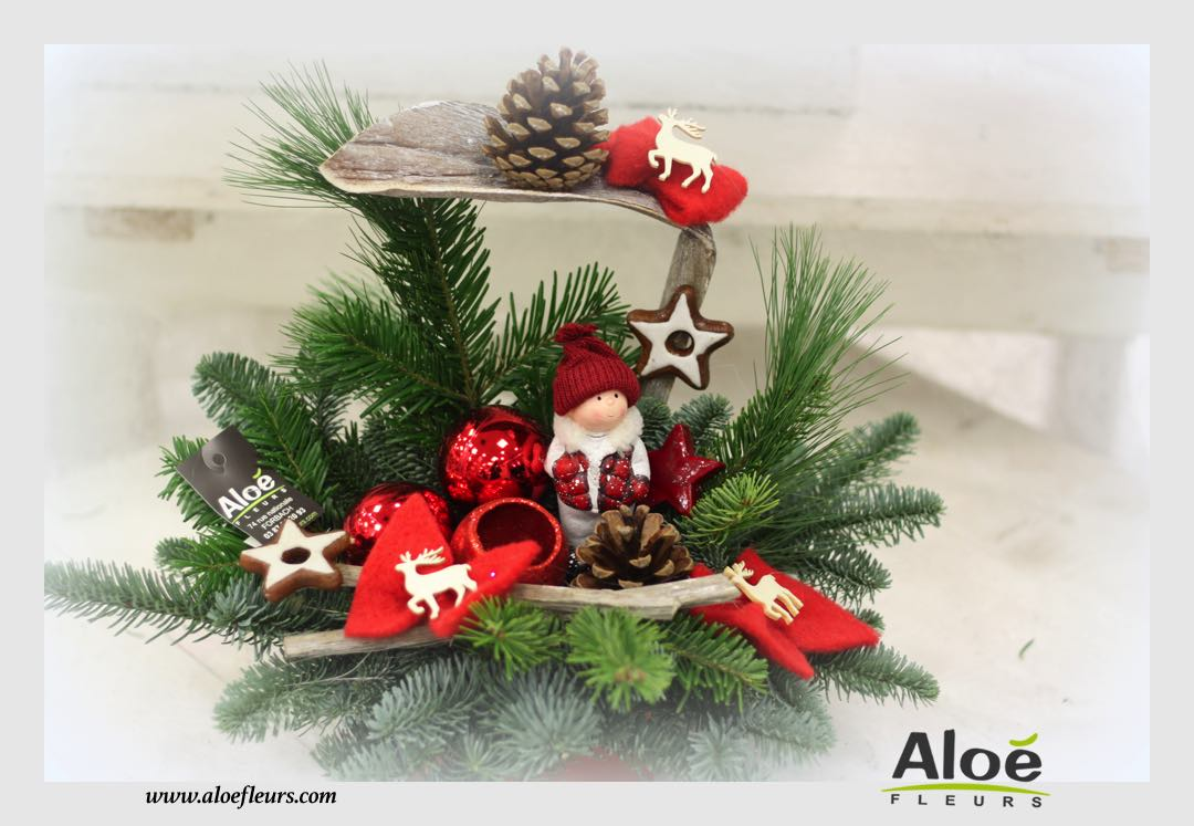 Les compositions de fin d 39 ann e aloe fleurs for Decoration florale noel