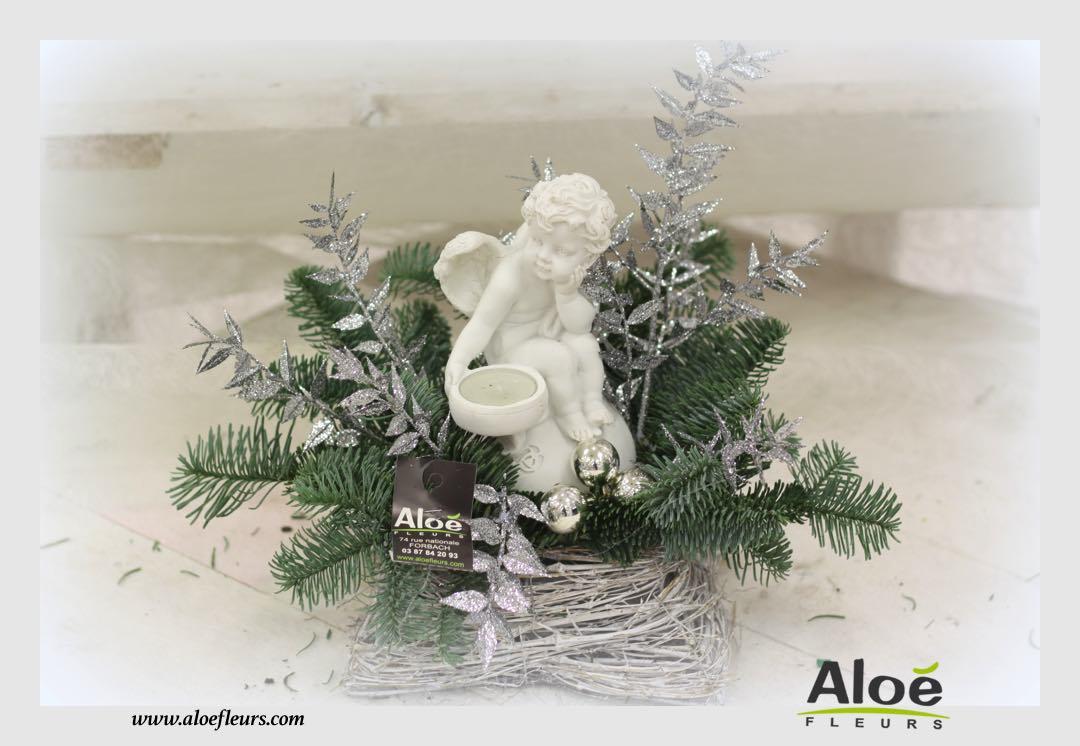 composition florale de noel sapin alo fleurs33 aloe fleurs. Black Bedroom Furniture Sets. Home Design Ideas