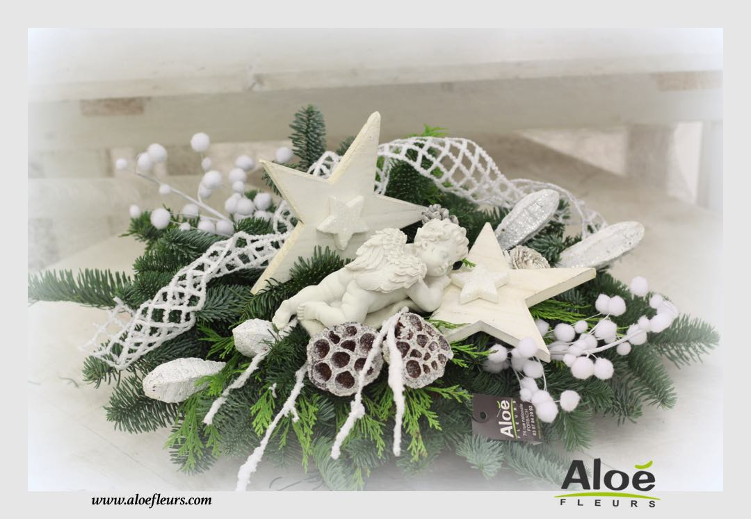 composition florale de noel sapin alo fleurs8 aloe fleurs. Black Bedroom Furniture Sets. Home Design Ideas