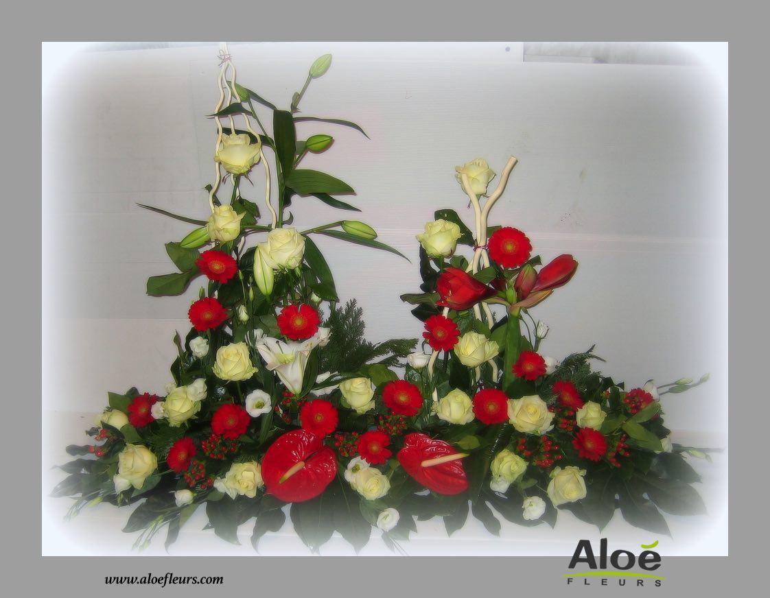 composition florale deuil gerbe la main 4 aloe fleurs. Black Bedroom Furniture Sets. Home Design Ideas