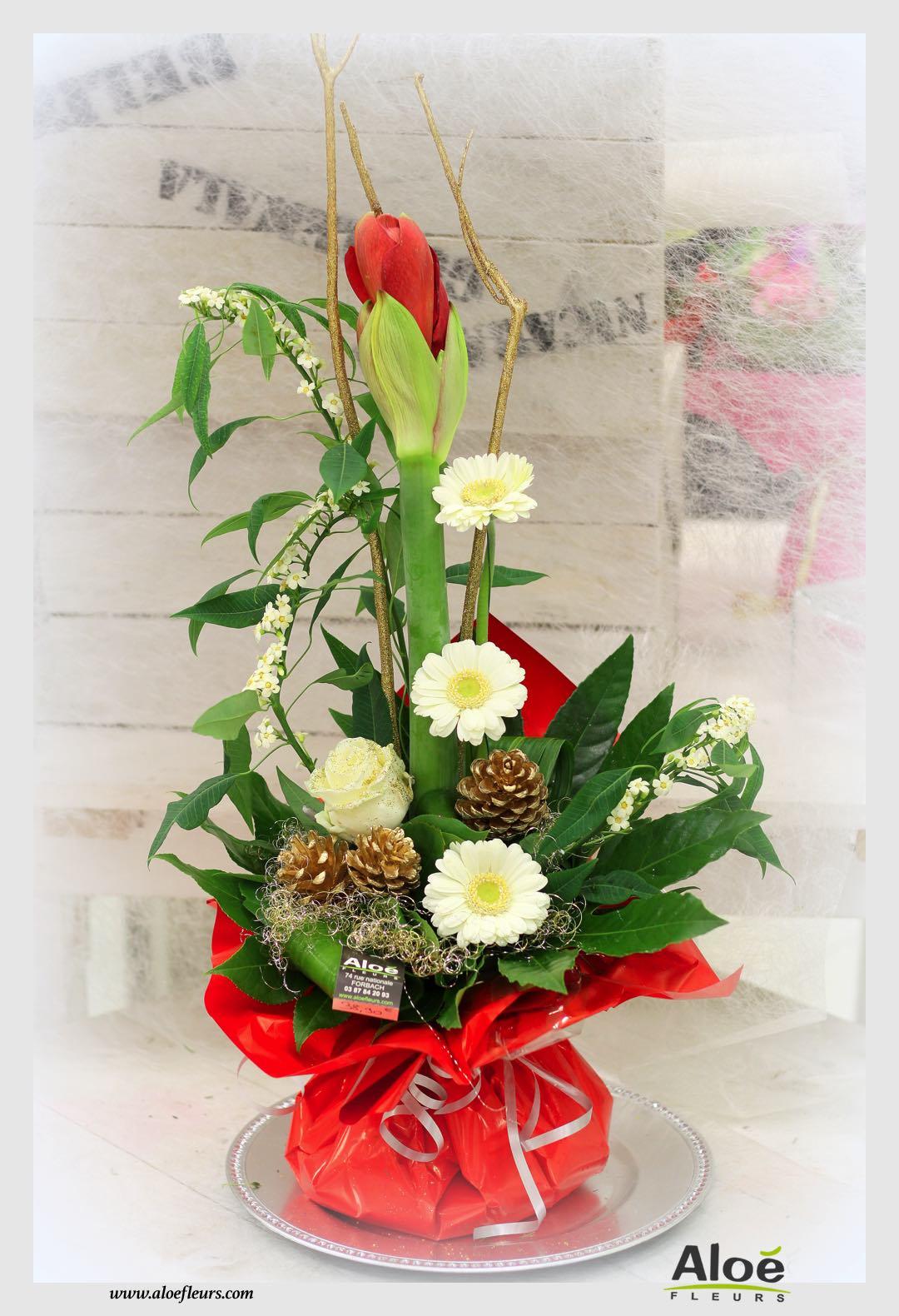 bouquet bulle d 39 eau d coration florale de noel alo fleurs10 aloe fleurs. Black Bedroom Furniture Sets. Home Design Ideas