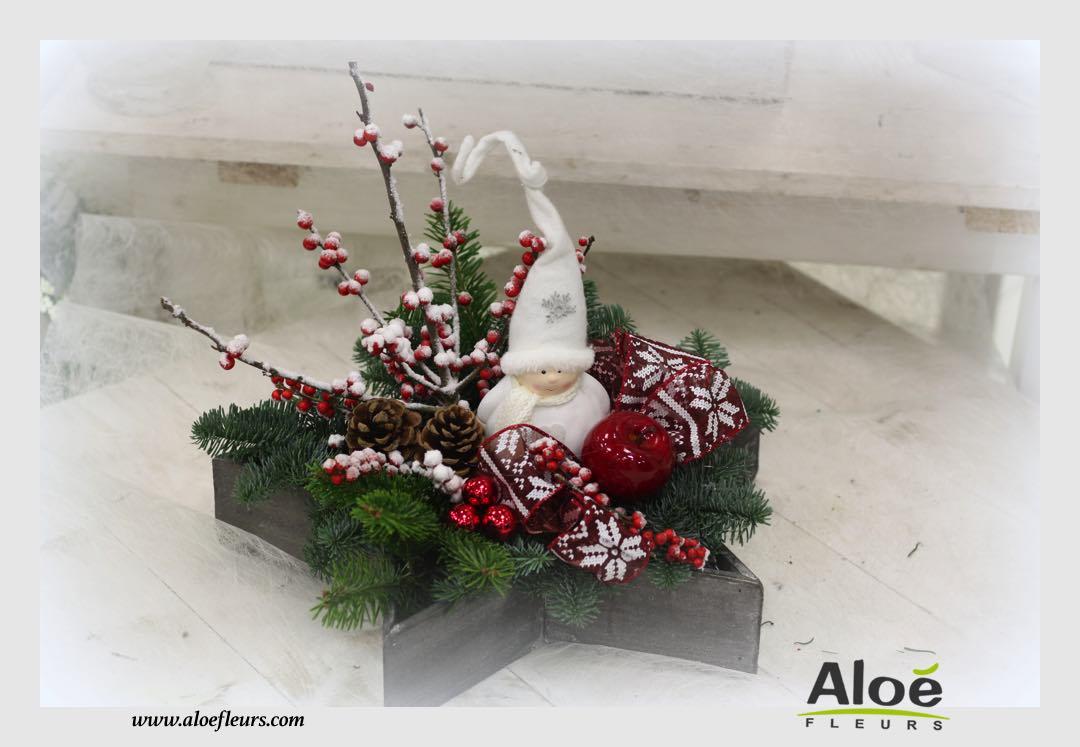 composition florale de noel sapin alo fleurs24 aloe fleurs. Black Bedroom Furniture Sets. Home Design Ideas